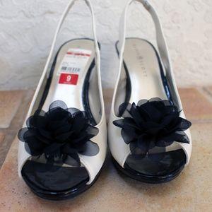 Karen Scott Cream and Black Pumps w/Black Flowers